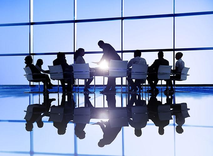 Oferujemy wsparcie na każdym etapie rozpoczęcia, rozwijania i prowadzenia działalności biznesowej w Kanadzie.