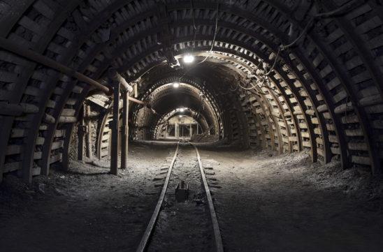 Artykuł Anny Piotrowskiej o szlifowaniu ustawy Prawo geologiczne i górnicze w kwartalniku Inżynieria Górnicza